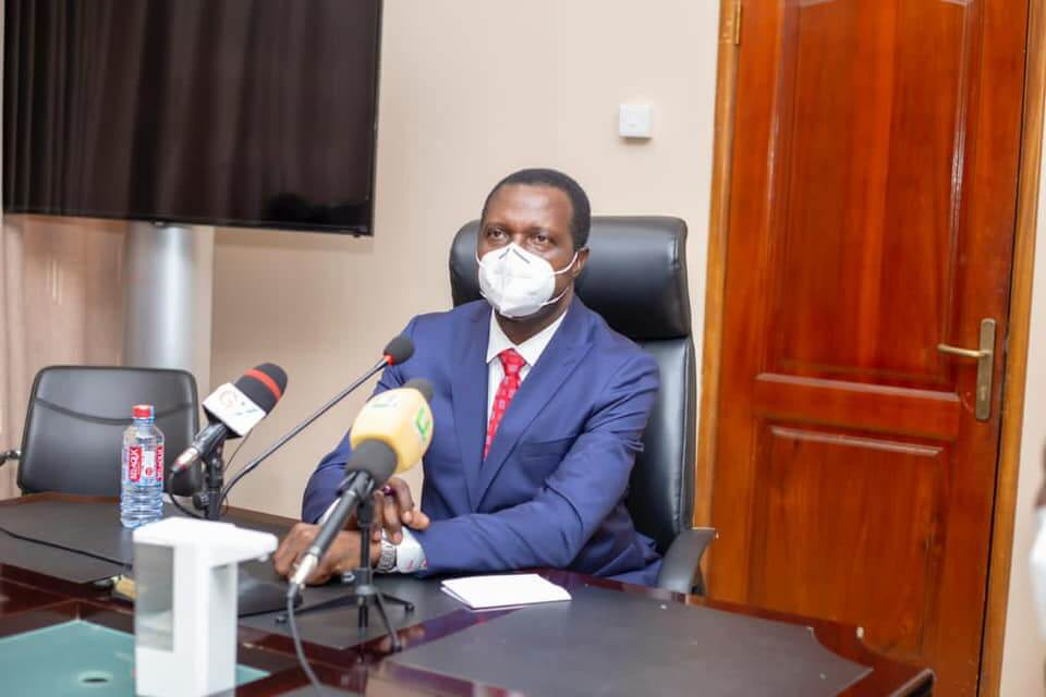 Covid: Ghana Revenue Authority donates PPE to Education Ministry