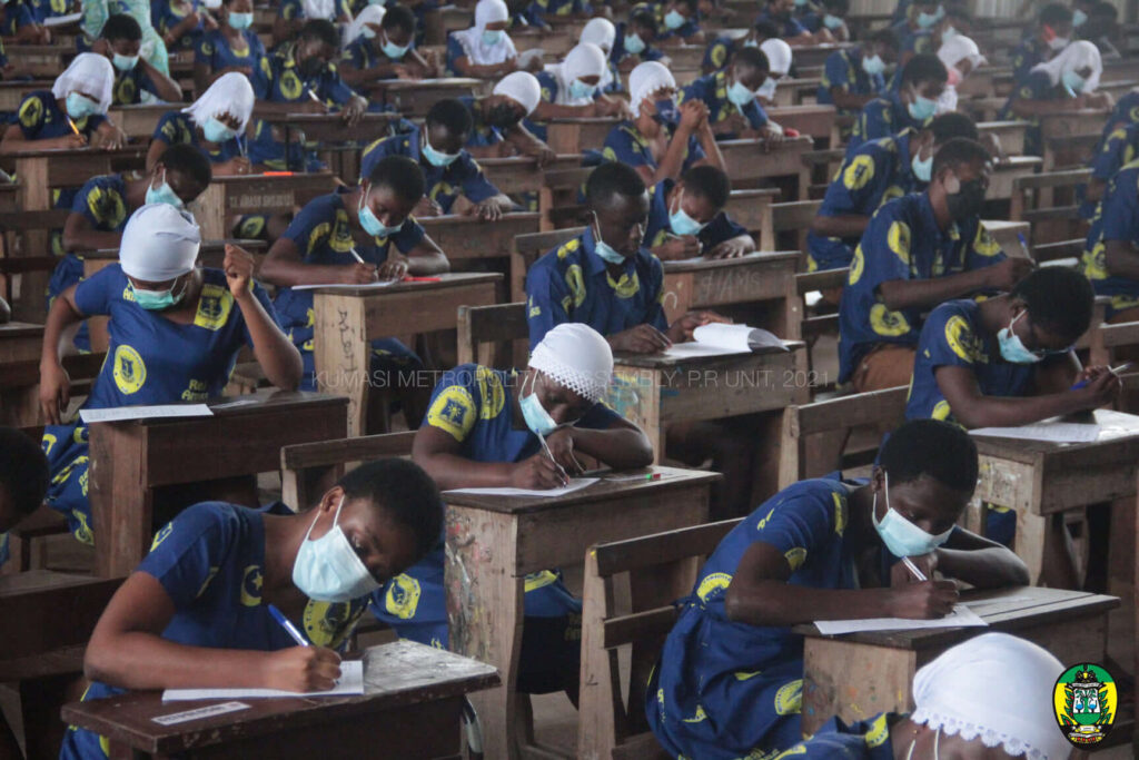 WAEC gives new date to conduct 2021 WASSCE Physics, BM papers